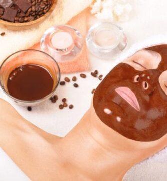 mascarilla de cafe para el rostro beneficios